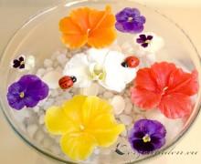 Schwimmkerze - Hibiskusblüte - gelb