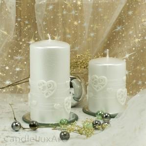 Stumpen Kerzen Perlmutt mit Herzen 7x10 und 7x14cm Weiß