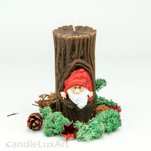 Stumpenkerze Baumstamm Weihnachtsmann 12,5cm braun