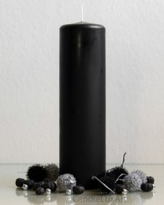 Stumpenkerze Matt Schwarz 2. Wahl - 7 x 25cm