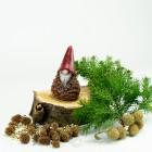 Kerze Zapfenzwerg Weihnachtskerze - 11,5cm