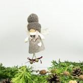 Filz Engel mit Glocken in braun H7cm